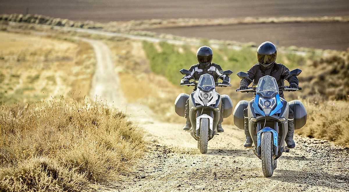 Motocykel CF MOTO MT 650 ABS 2020 (+Kufre Shad)