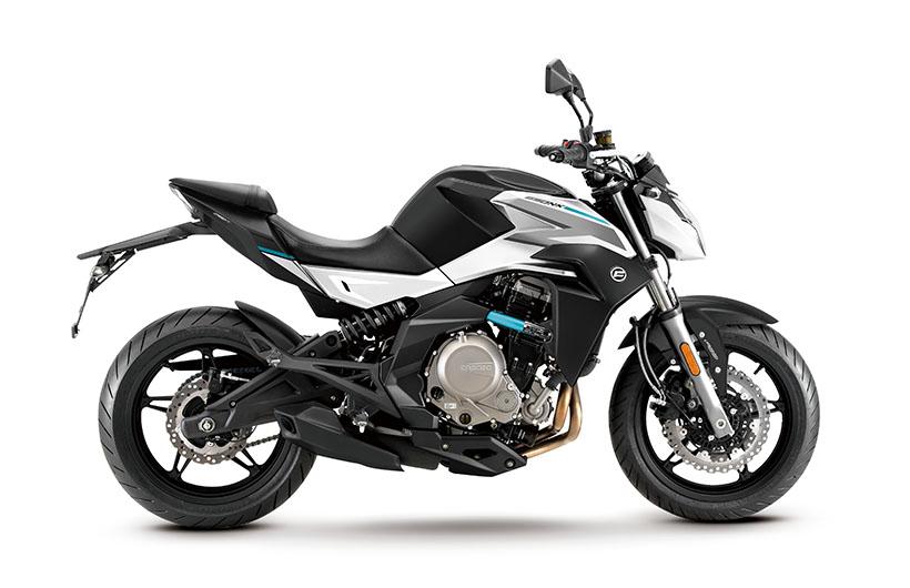 Motocykel CF MOTO NK 650 ABS 2019 White Pearl